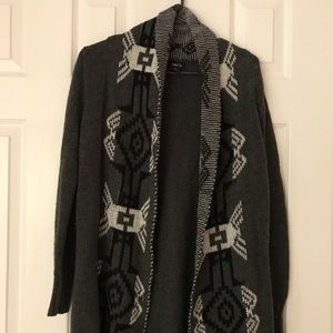 🎉5 for $20🎉Rue 21 tribal Cardigan